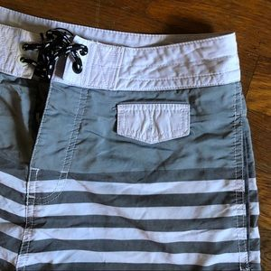 Men's Body Glove Swim Trunks Size 30
